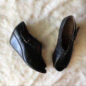 Anyi Lu Melanie Black Peep Toe Booties